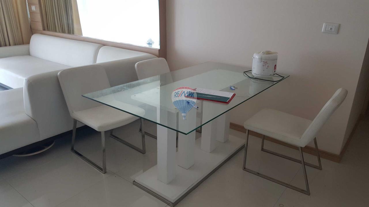 RE/MAX Top Properties Agency's Condo 75 sq.meters in Kalim Patong 7