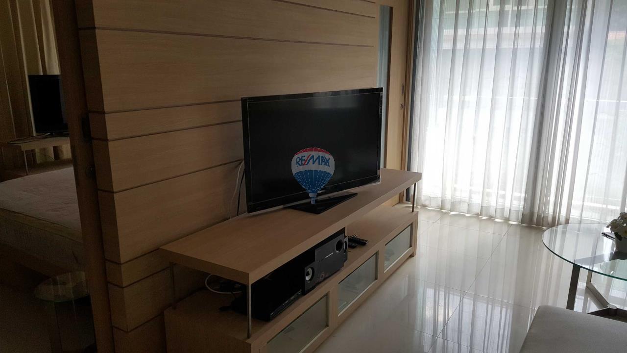 RE/MAX Top Properties Agency's Condo 75 sq.meters in Kalim Patong 10