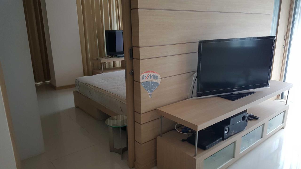RE/MAX Top Properties Agency's Condo 75 sq.meters in Kalim Patong 11