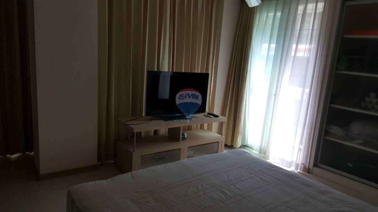 RE/MAX Top Properties Agency's Condo 75 sq.meters in Kalim Patong 15