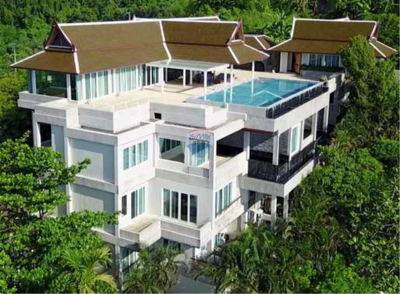 RE/MAX Top Properties Agency's Exclusive Luxury Villa with pure 180' Ocean Front View 1