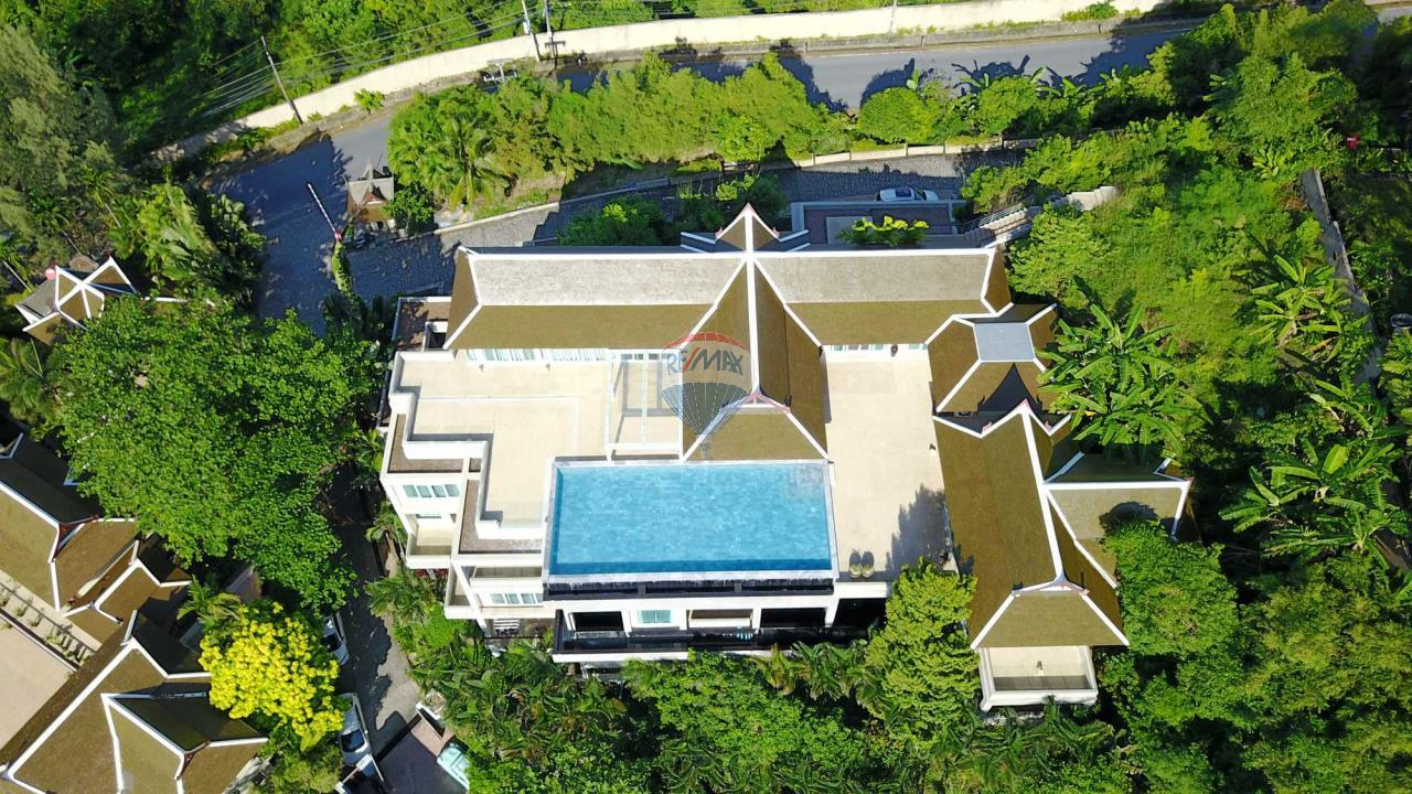 RE/MAX Top Properties Agency's Exclusive Luxury Villa with pure 180' Ocean Front View 5