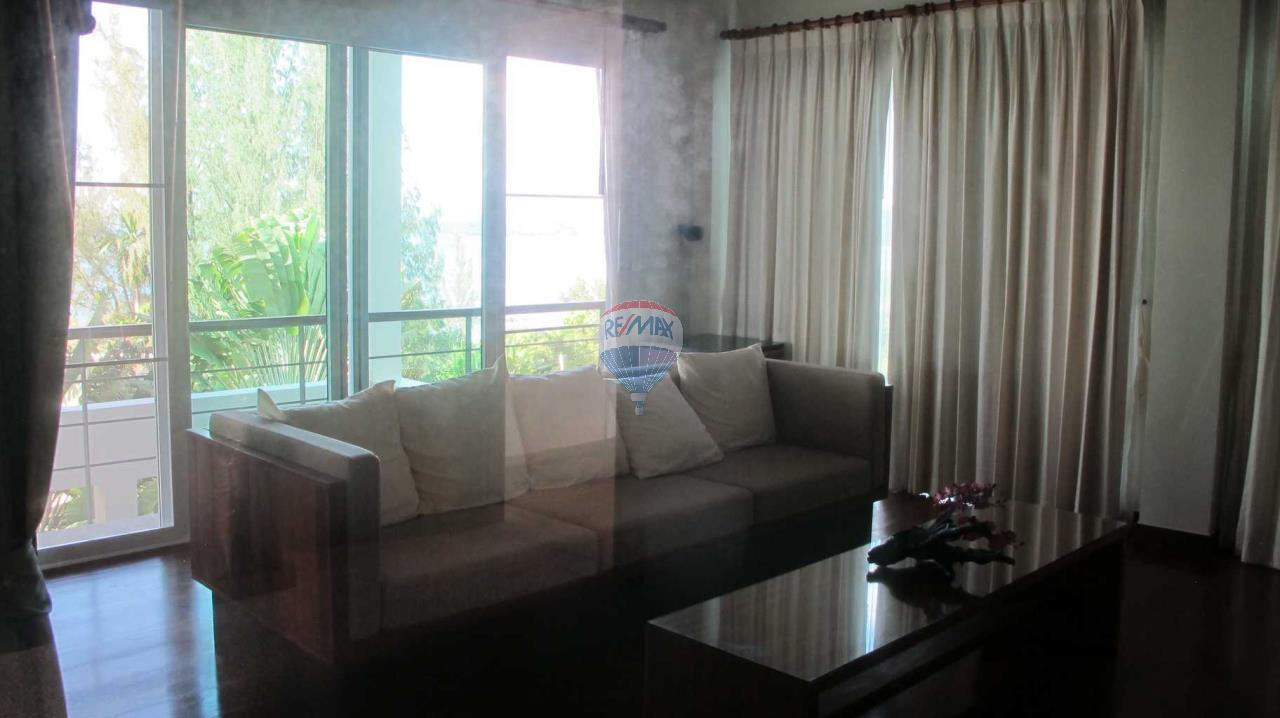 RE/MAX Top Properties Agency's Exclusive Luxury Villa with pure 180' Ocean Front View 33