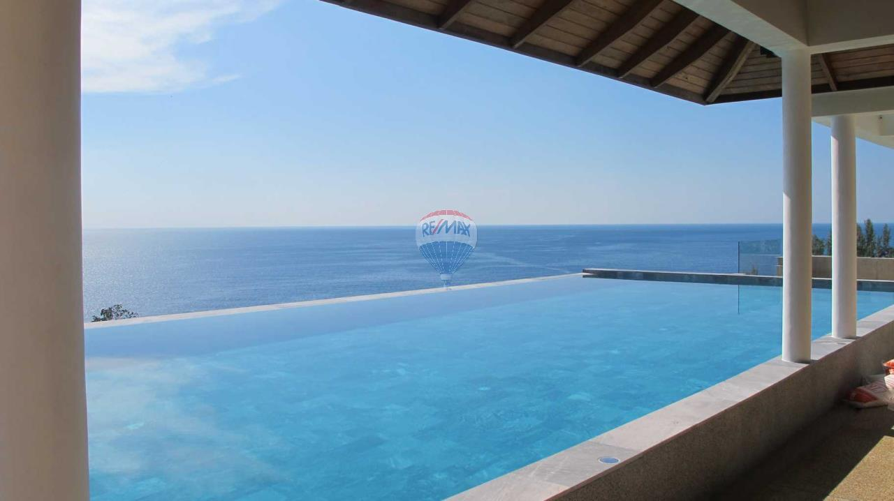 RE/MAX Top Properties Agency's Exclusive Luxury Villa with pure 180' Ocean Front View 48