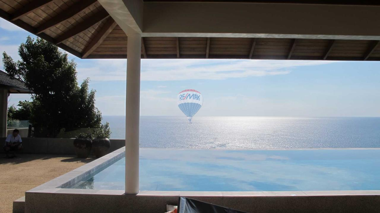RE/MAX Top Properties Agency's Exclusive Luxury Villa with pure 180' Ocean Front View 85