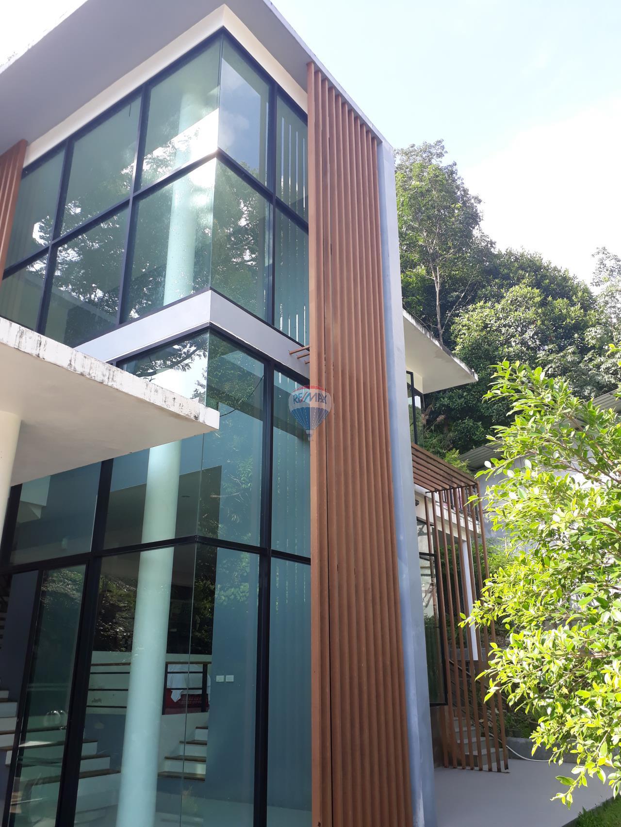 RE/MAX Top Properties Agency's Phuket, Patong, Villa 3 Br long term Rental 1