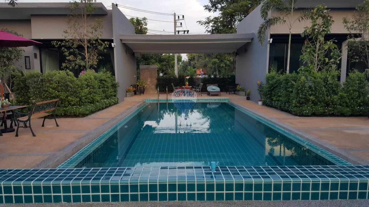 RE/MAX Top Properties Agency's Chalong 2 Br.pool villas for rent  1