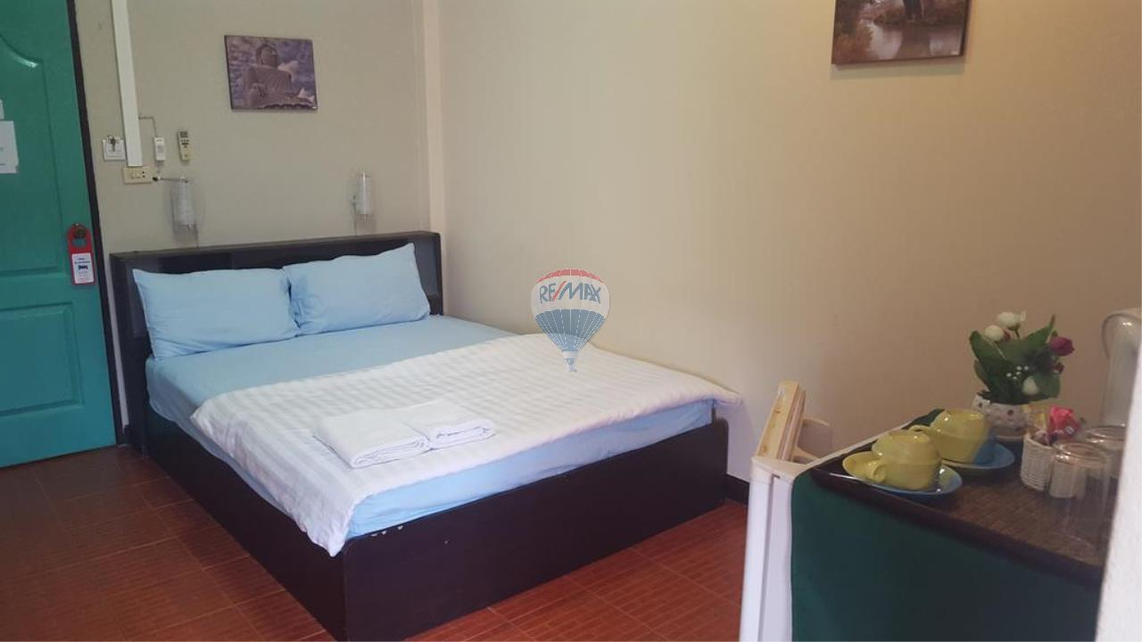 RE/MAX Top Properties Agency's *REDUCED* Patong - Guesthouse with bar and kitchen - Great Location 14