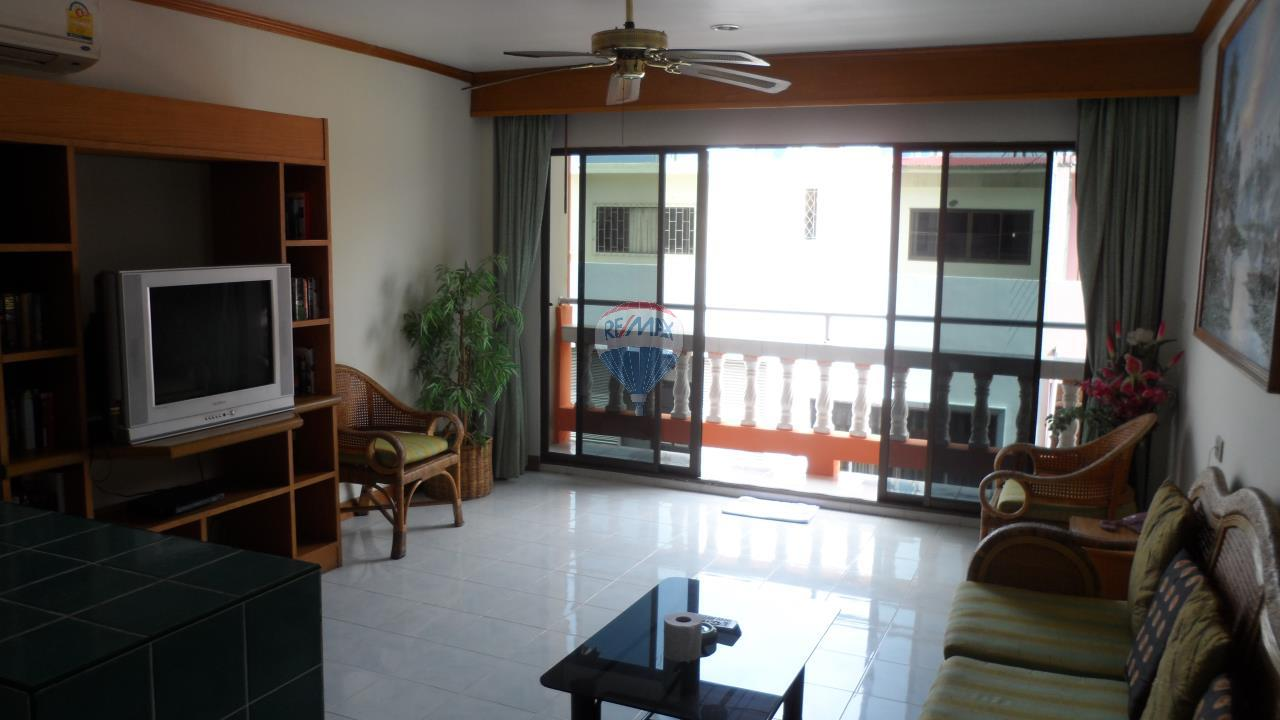 RE/MAX Top Properties Agency's Patong - 15 Rooms Guesthouse - Great Location 13