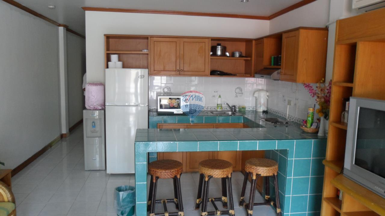 RE/MAX Top Properties Agency's Patong - 15 Rooms Guesthouse - Great Location 9