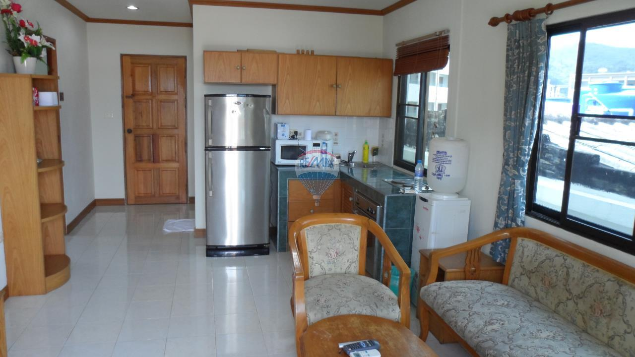 RE/MAX Top Properties Agency's Patong - 15 Rooms Guesthouse - Great Location 17
