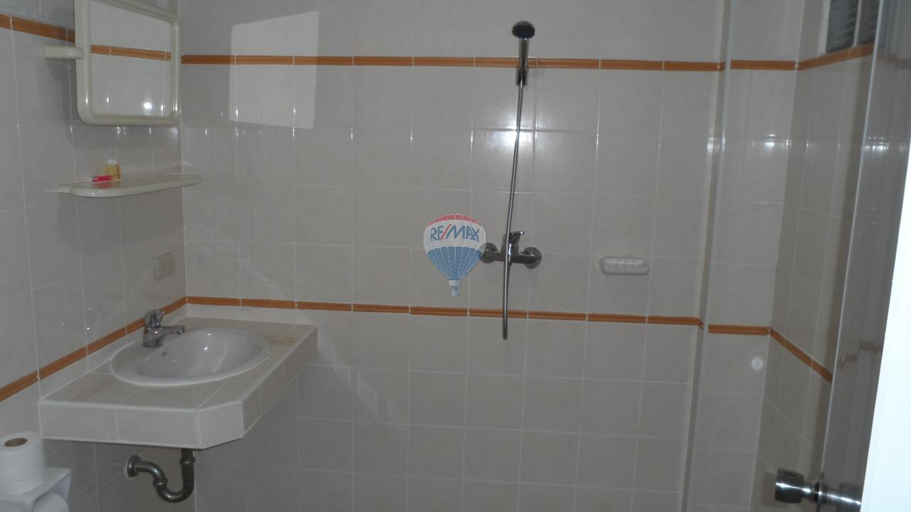 RE/MAX Top Properties Agency's Patong - 15 Rooms Guesthouse - Great Location 23