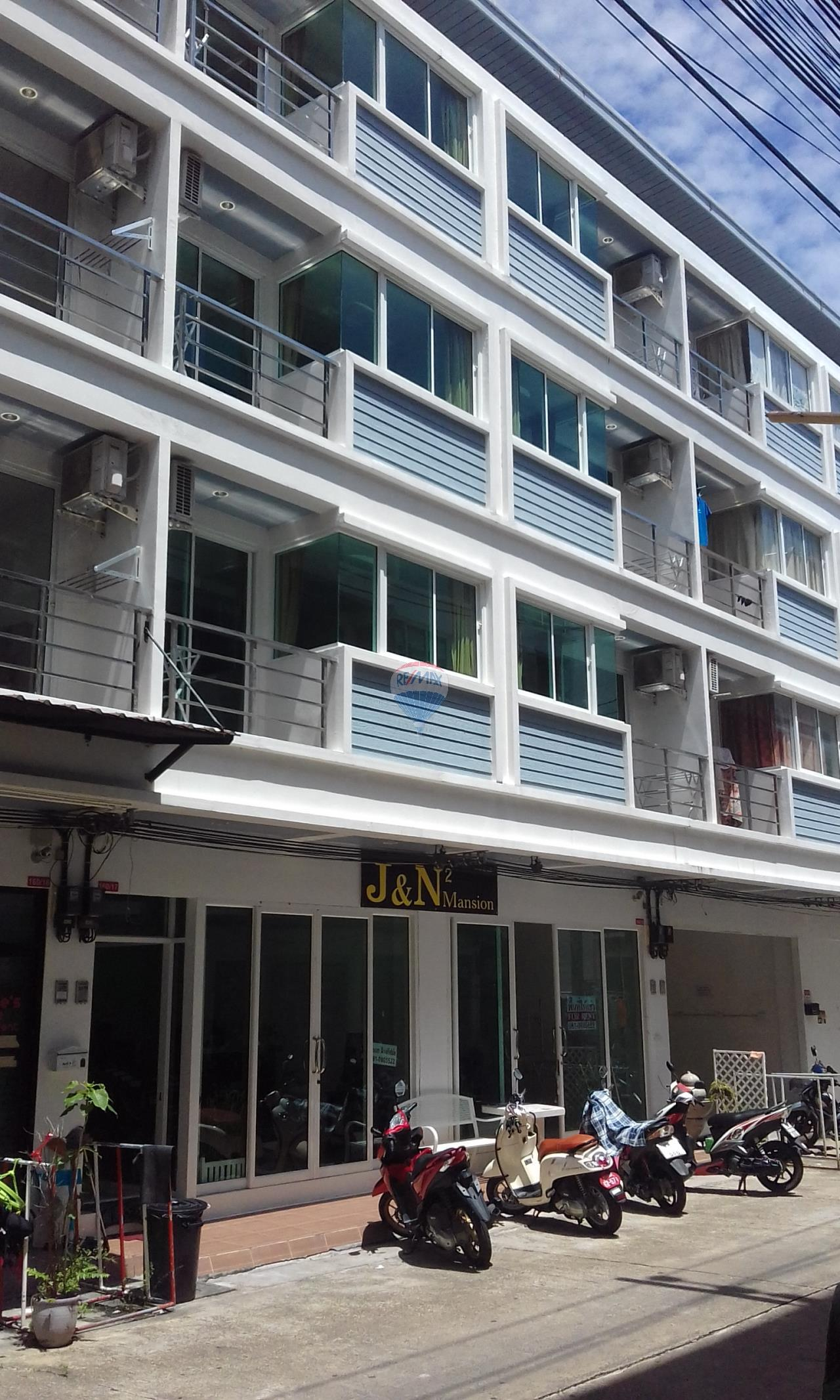 RE/MAX Top Properties Agency's Phuket,Patong Beach 12 Rooms Guest House For Rent 2