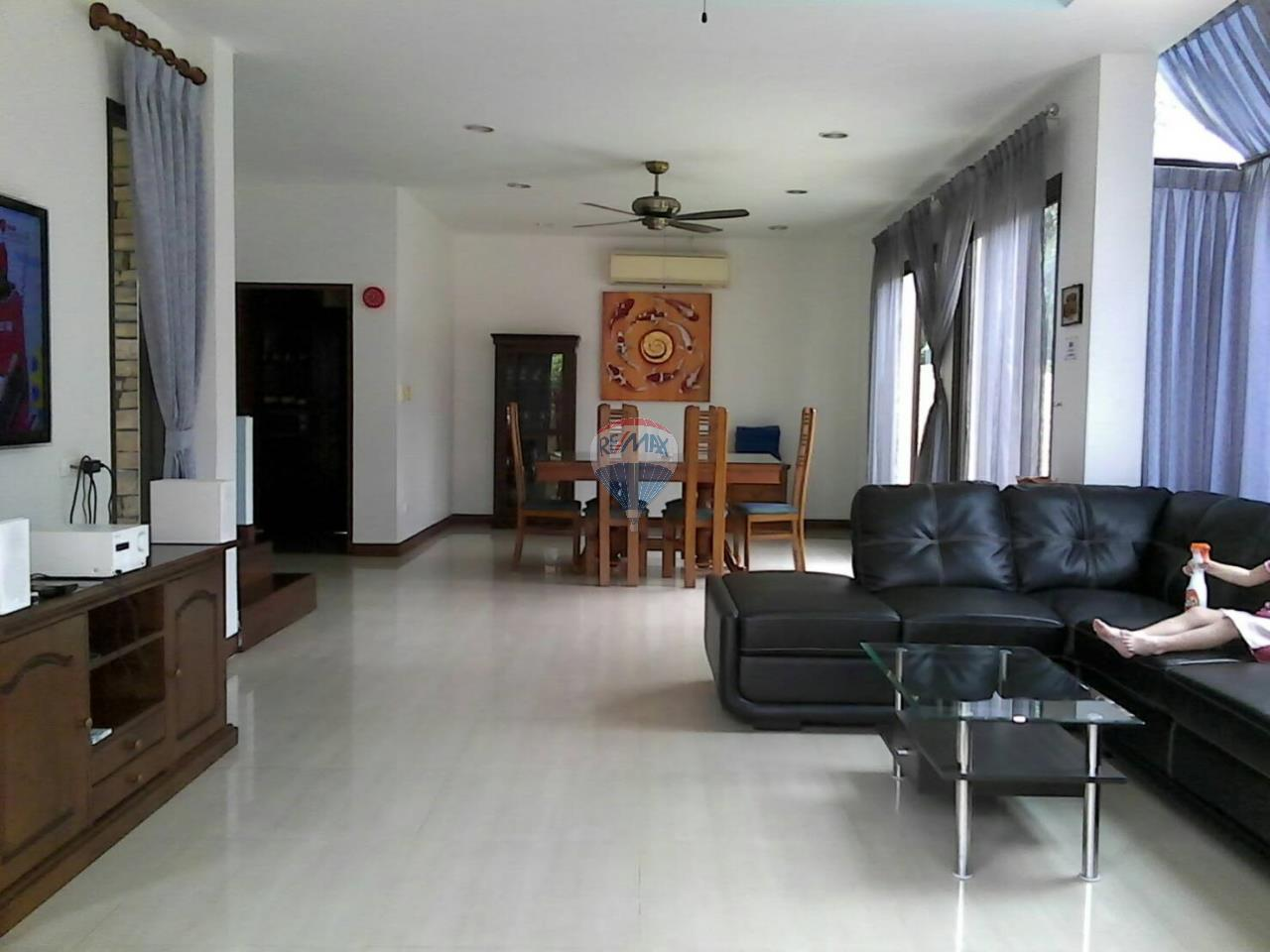 RE/MAX Top Properties Agency's Phuket,Patong Beach Pool Villa 3 Bedrooms For Rent 6