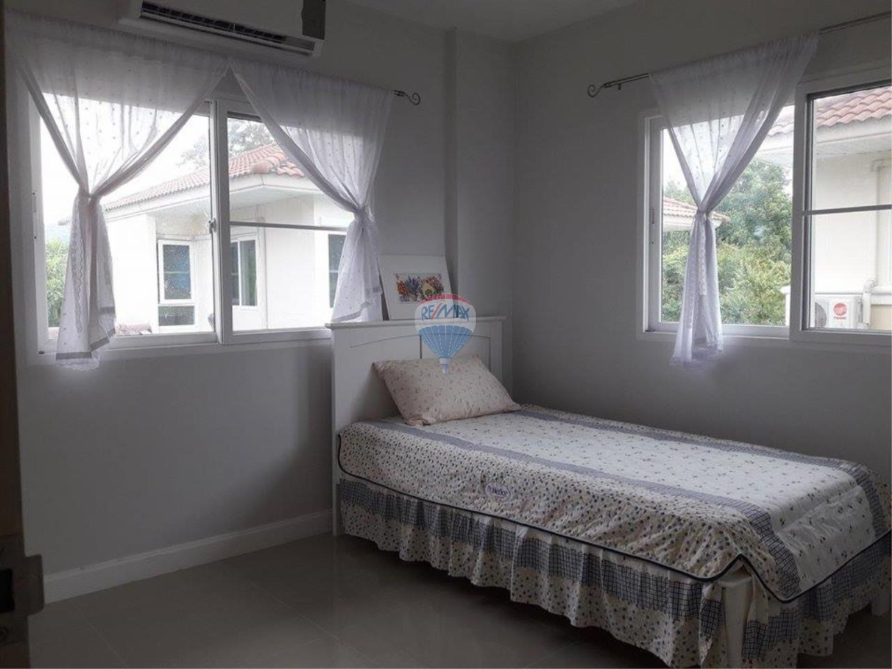 RE/MAX Top Properties Agency's Phuket Thalang Villa 3Br for Sale 10