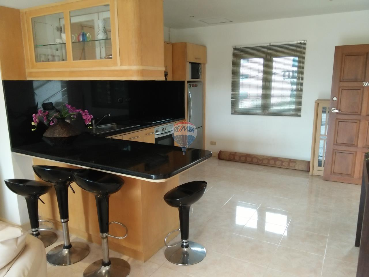 RE/MAX Top Properties Agency's Phuket,Patong Beach condo for Rent 7