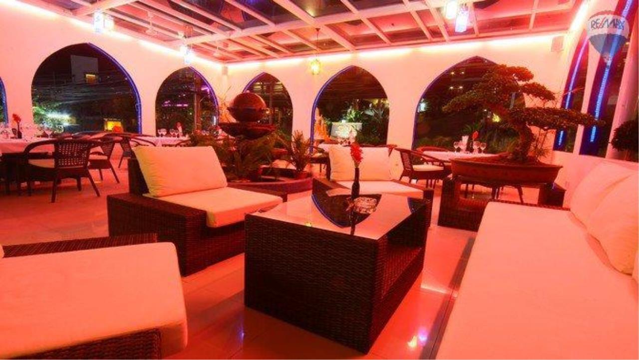 RE/MAX Top Properties Agency's shisha bar loung for sale at Patong 3