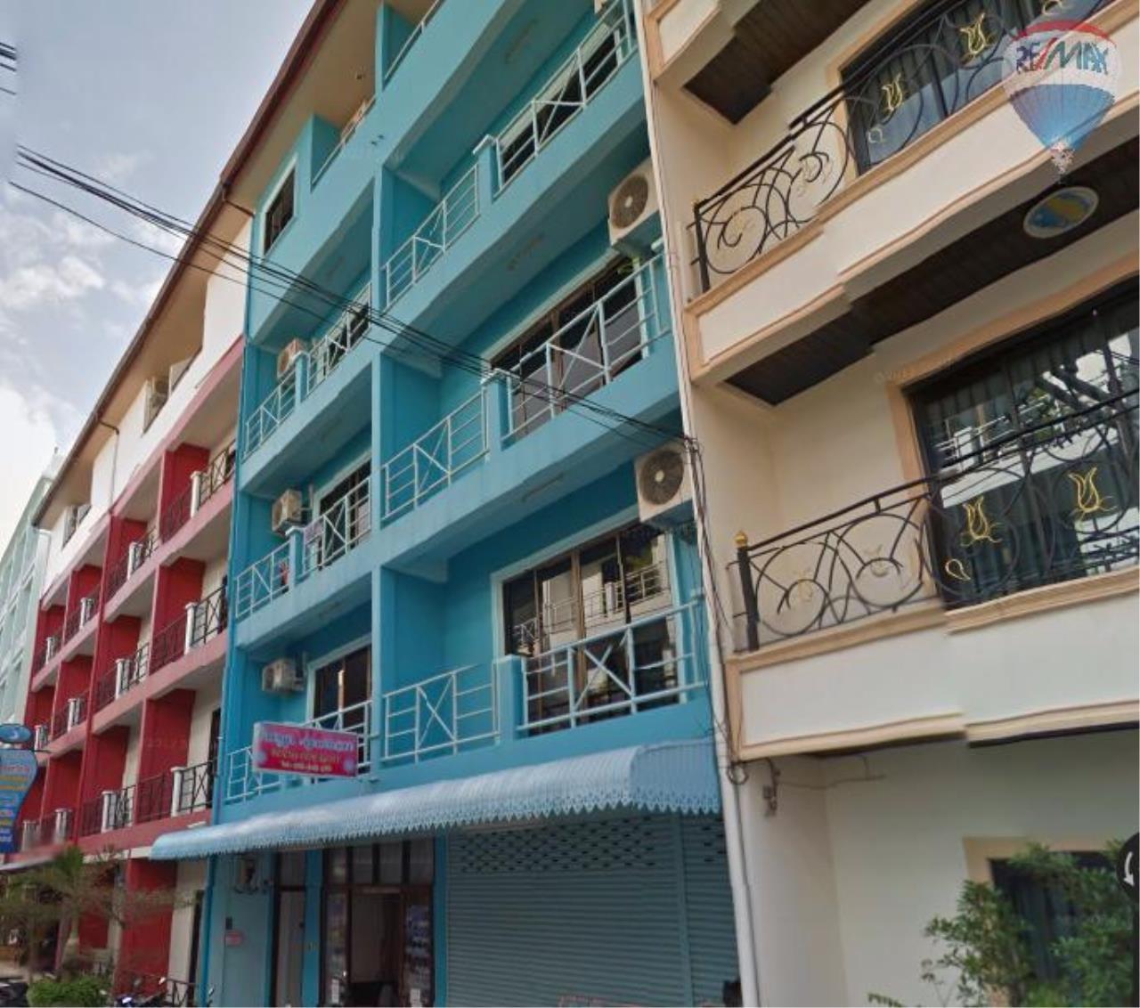 RE/MAX Top Properties Agency's Suyamsak Apartment  2