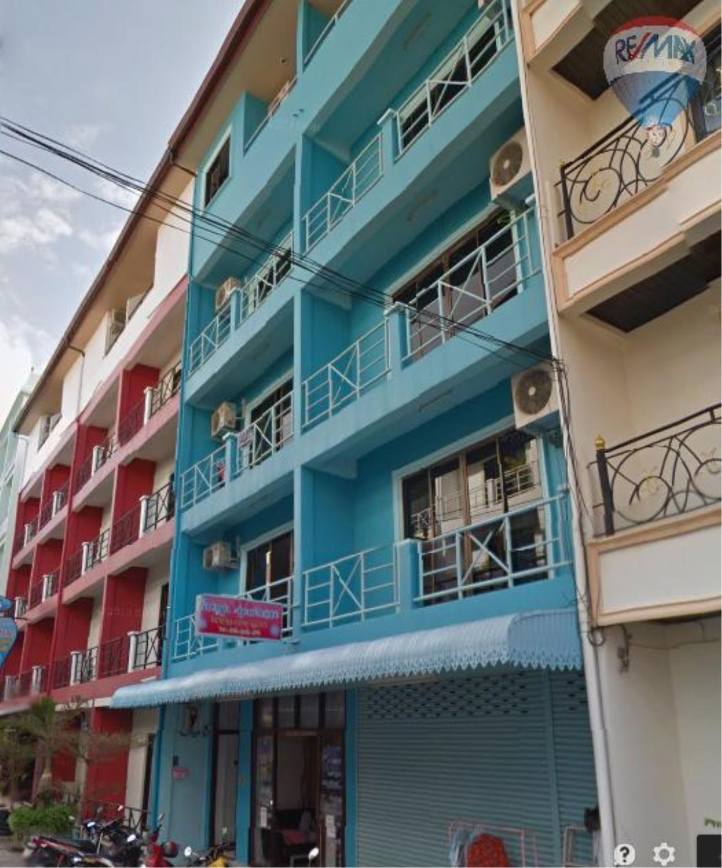 RE/MAX Top Properties Agency's Suyamsak Apartment  3
