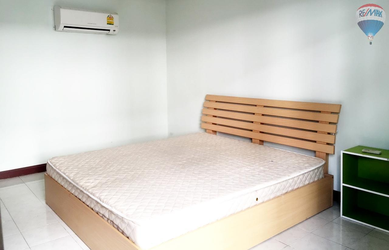 RE/MAX Top Properties Agency's Suyamsak Apartment  4