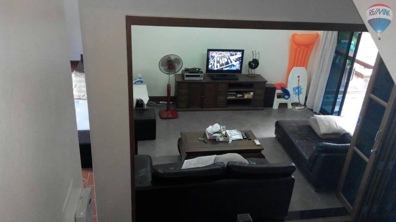 RE/MAX Top Properties Agency's 4 Bedrooms Villa For Sale Bang Tao Beach Phuket 13