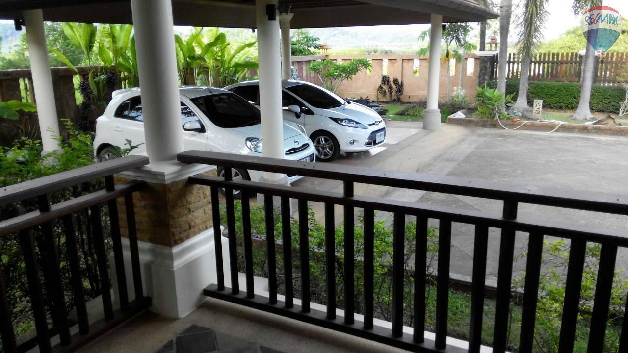 RE/MAX Top Properties Agency's 4 Bedrooms Villa For Sale Bang Tao Beach Phuket 5