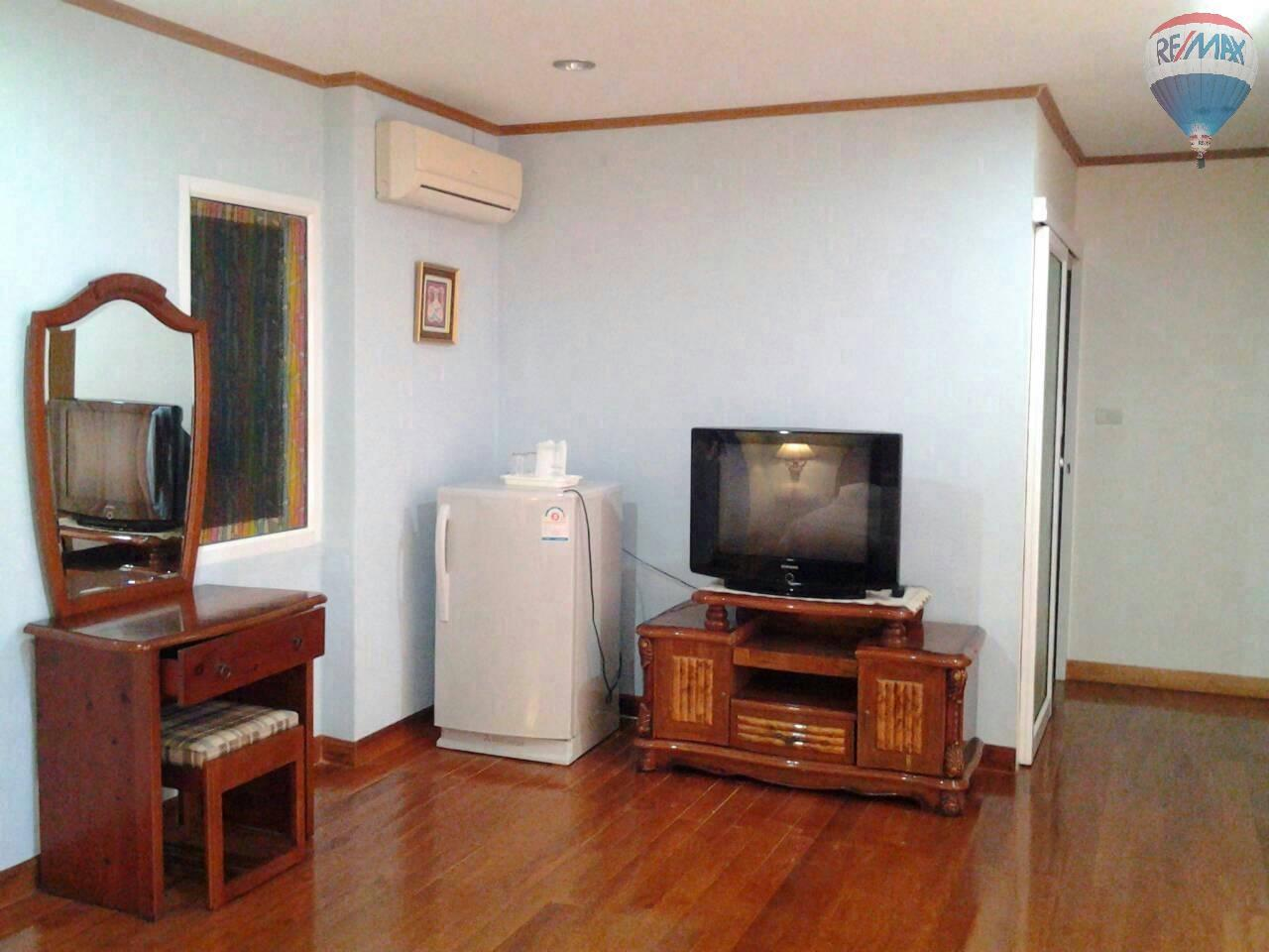 RE/MAX Top Properties Agency's 4 Bedrooms House Nearby Elephant Camp Patong Beach 10