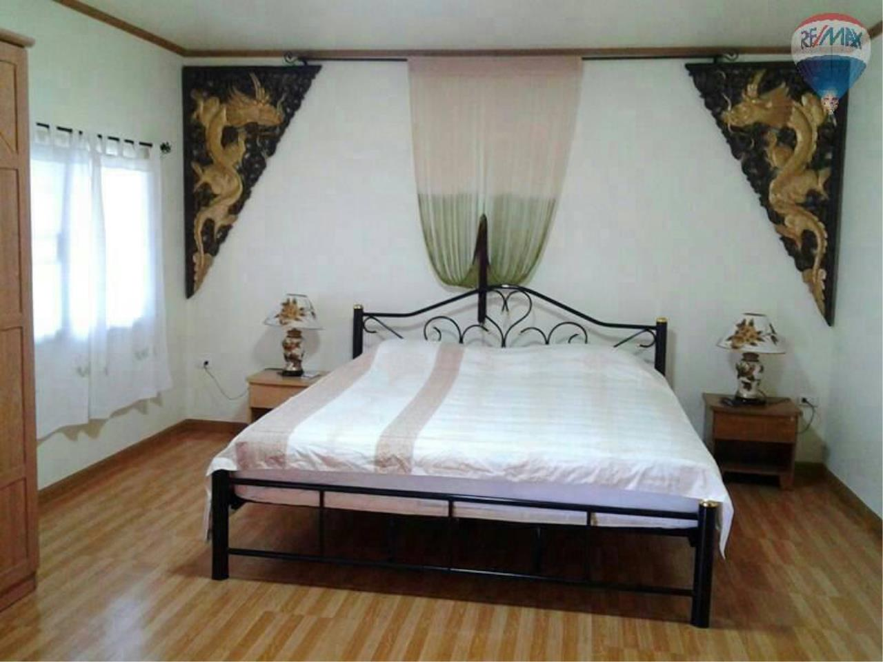 RE/MAX Top Properties Agency's 4 Bedrooms House Nearby Elephant Camp Patong Beach 11