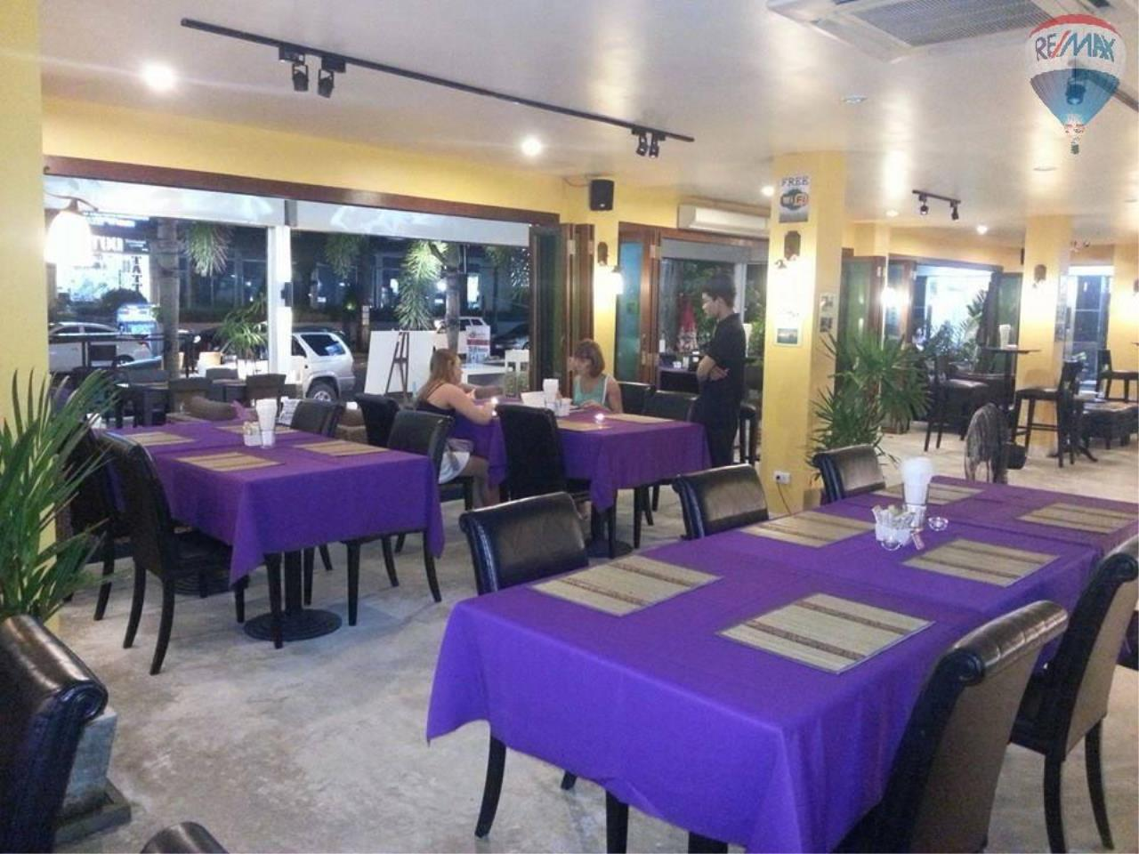 RE/MAX Top Properties Agency's 80 seats Restaurant for sale in a busy road of Patong 5