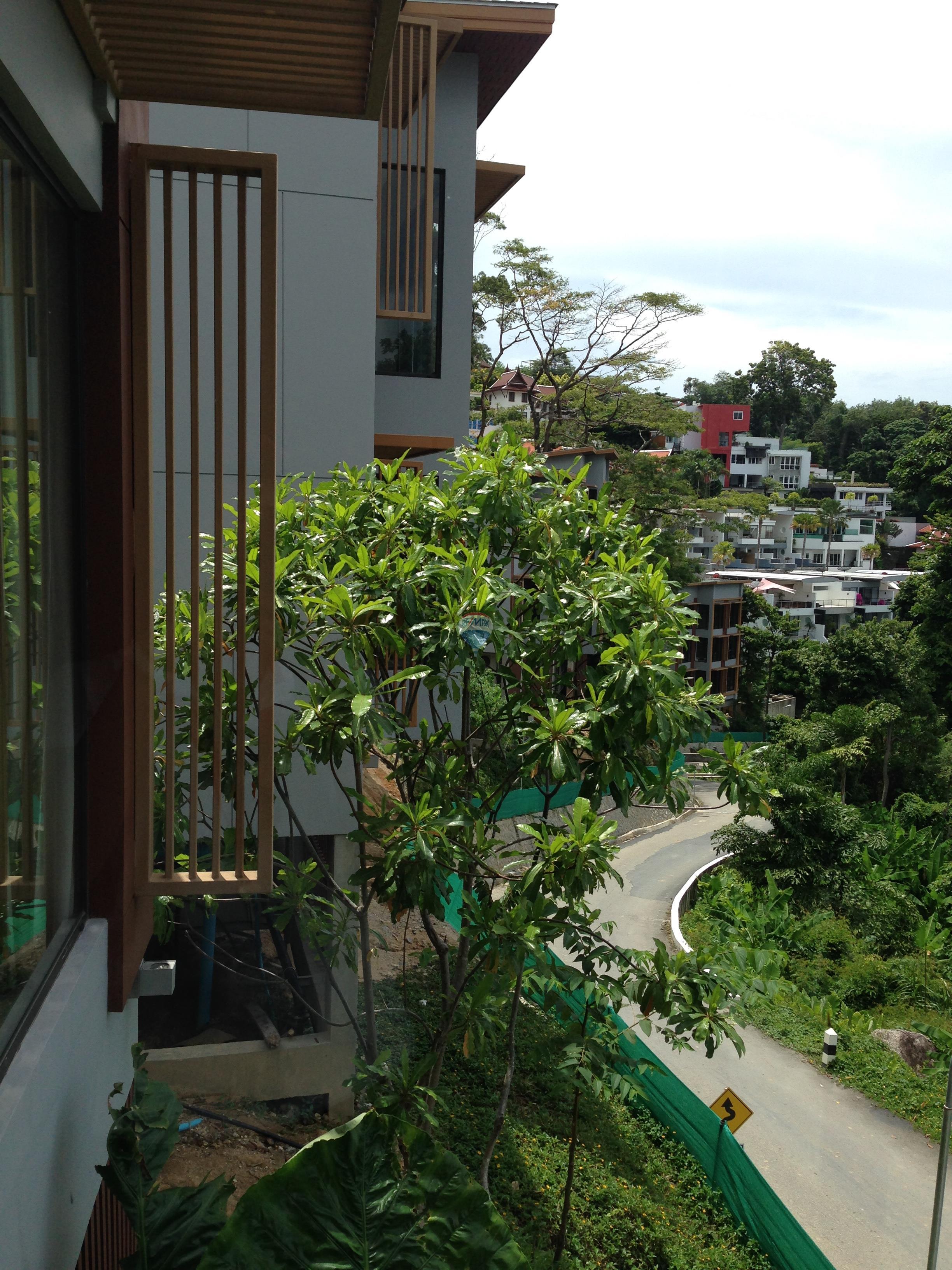 RE/MAX Top Properties Agency's Luxury 1 Bedroom Apartment overlooking Patong Bay 2