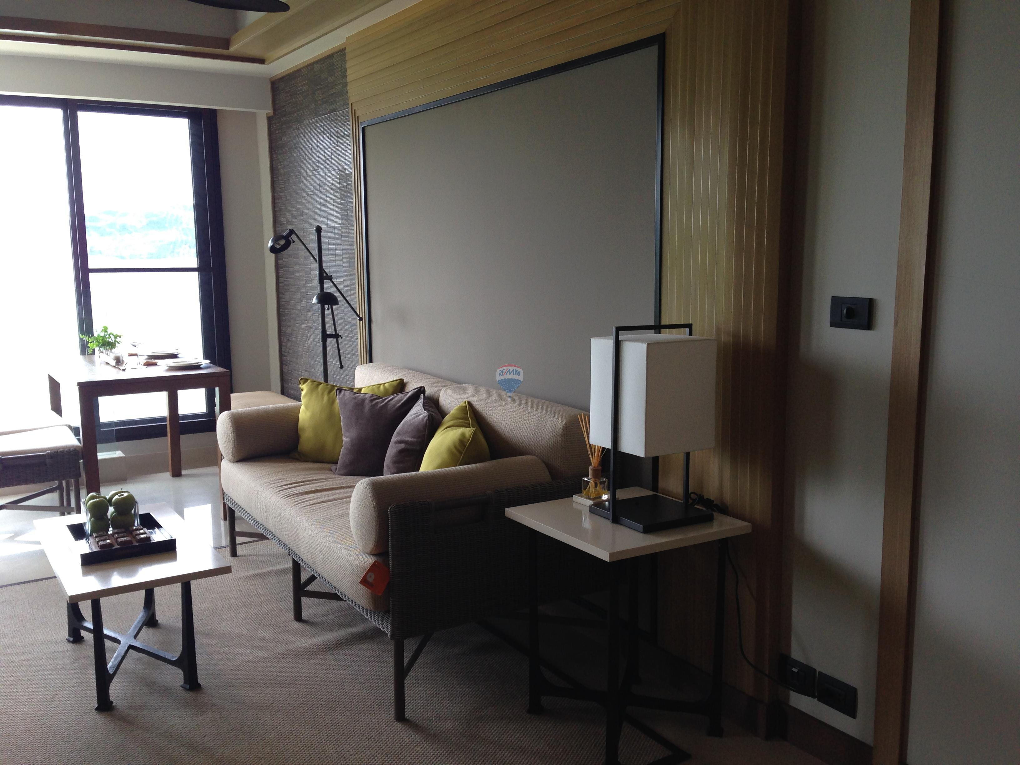 RE/MAX Top Properties Agency's Luxury 1 Bedroom Apartment overlooking Patong Bay 9