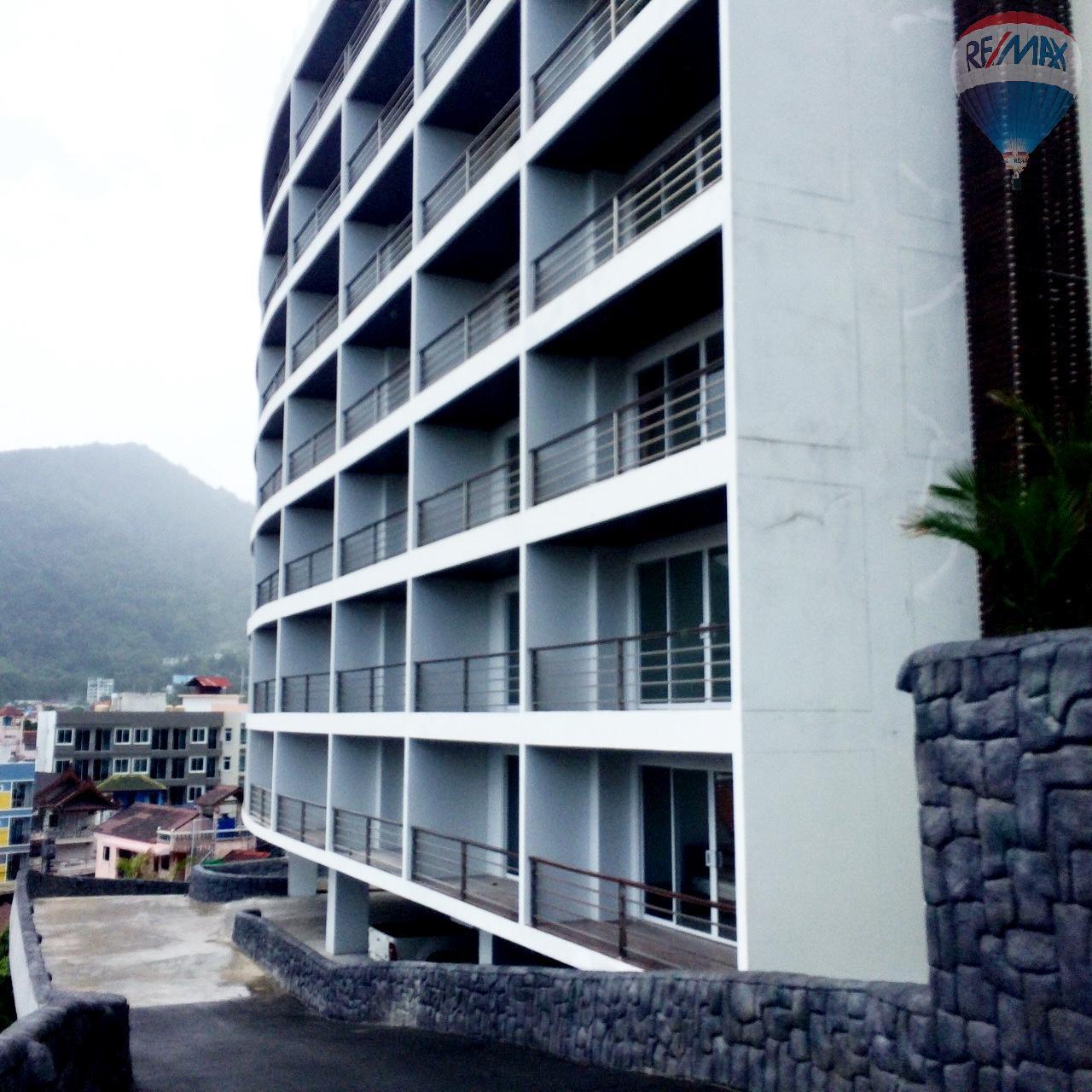 RE/MAX Top Properties Agency's Luxury Studio Ocean View for rent 18