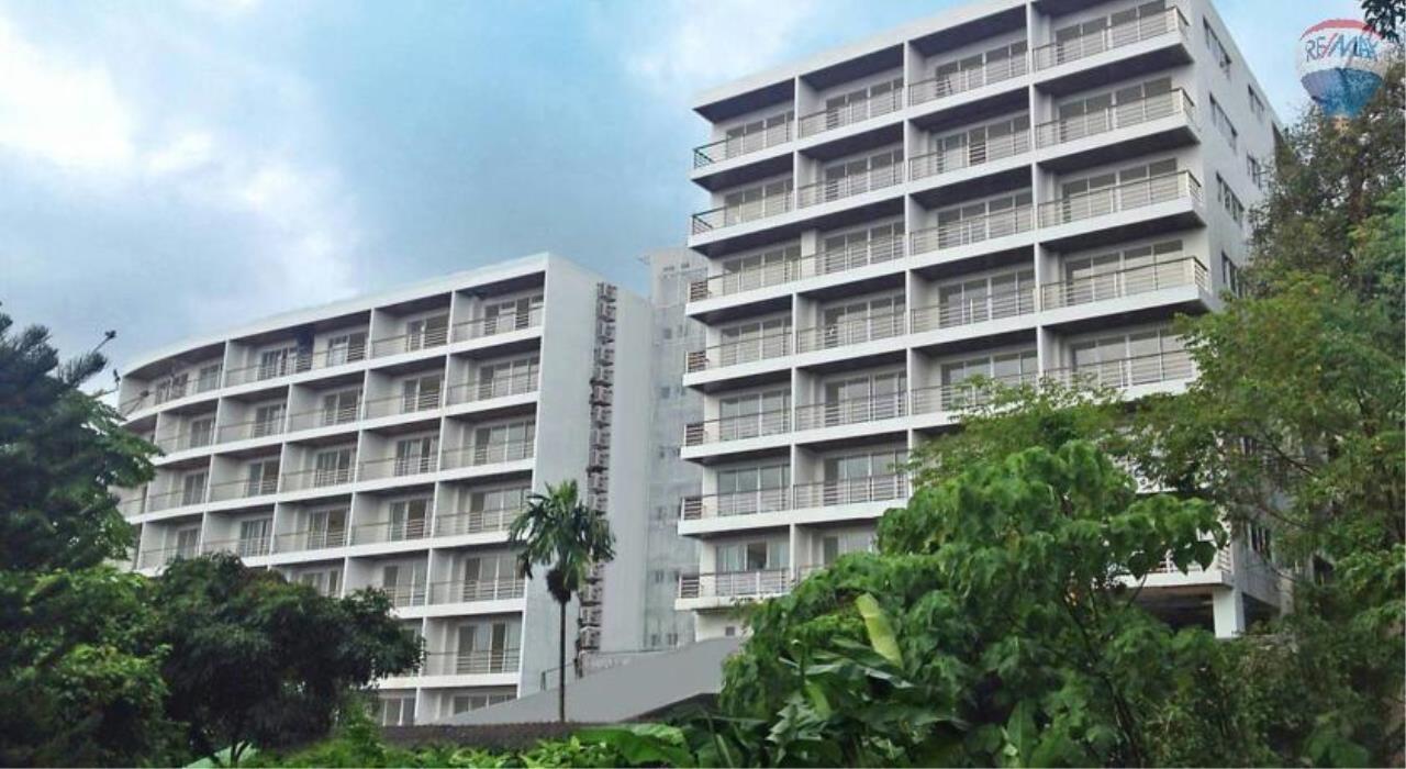 RE/MAX Top Properties Agency's Luxury Studio Ocean View for rent 19