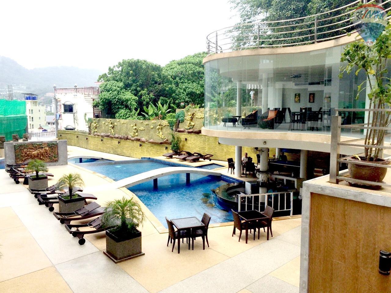 RE/MAX Top Properties Agency's Luxury Studio Ocean View for rent 8