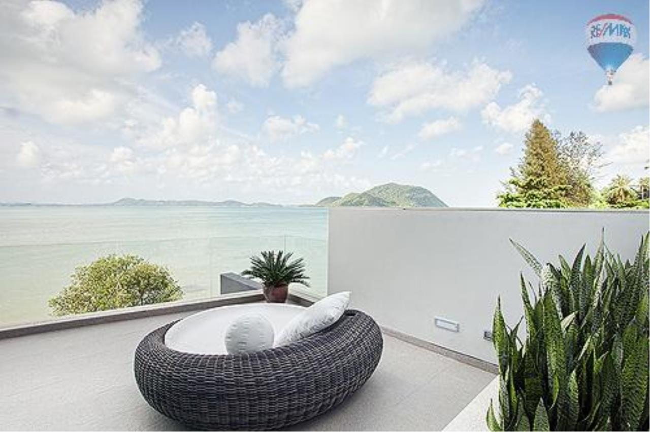 RE/MAX Top Properties Agency's Eva beach front villas  12