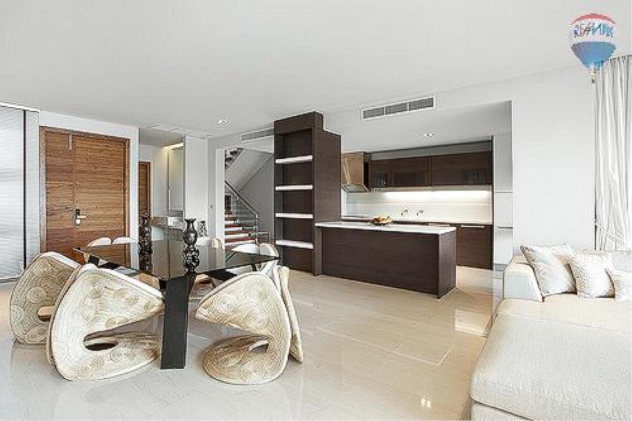 RE/MAX Top Properties Agency's Eva beach front villas  21