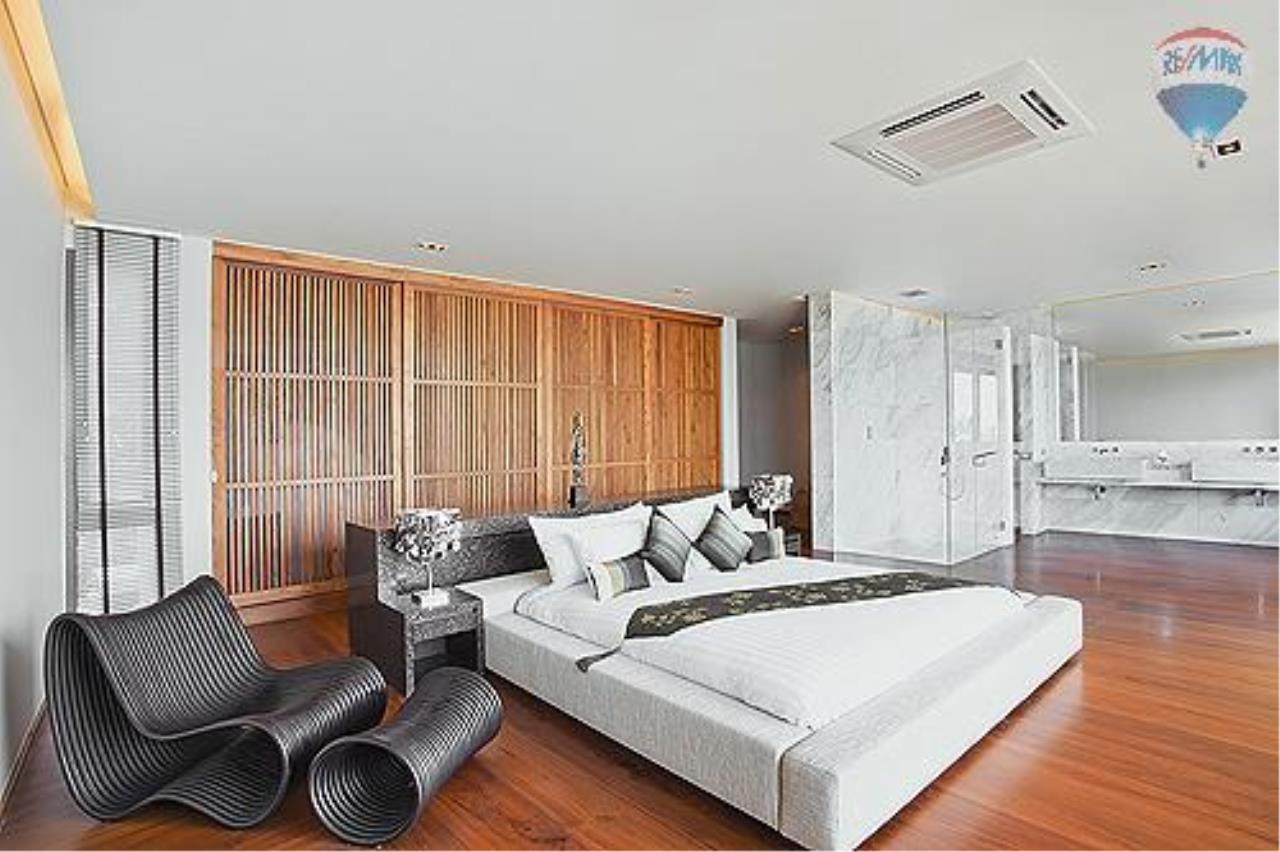 RE/MAX Top Properties Agency's Eva beach front villas  3