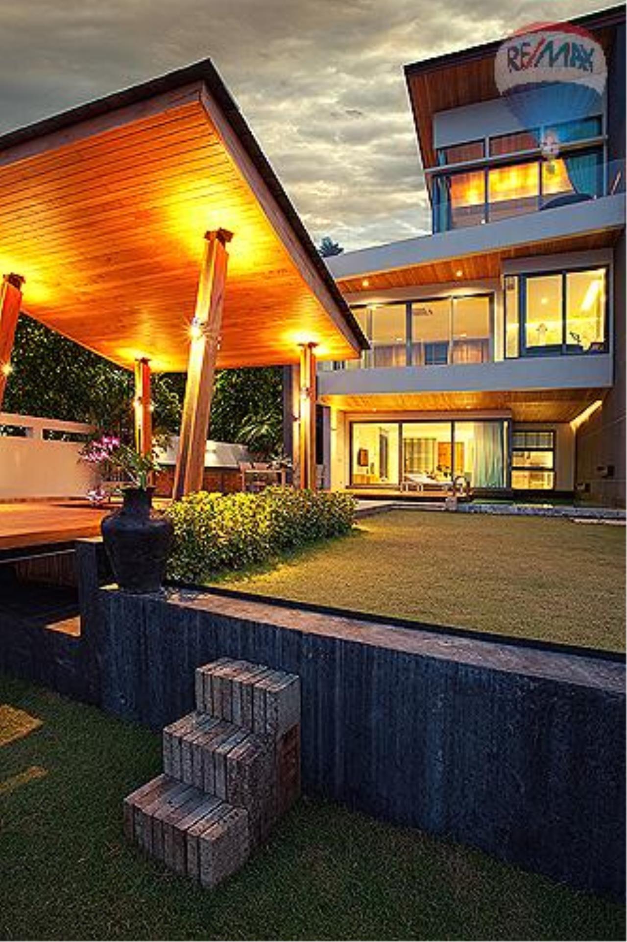 RE/MAX Top Properties Agency's Eva beach front villas  9