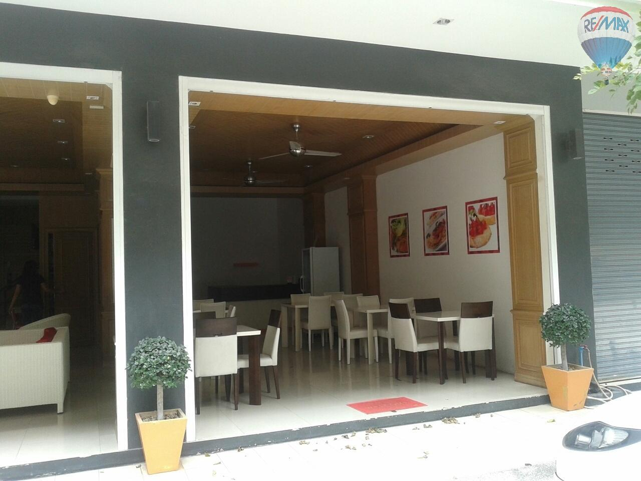 RE/MAX Top Properties Agency's Patong Bar/Caffetteria For Sale 1
