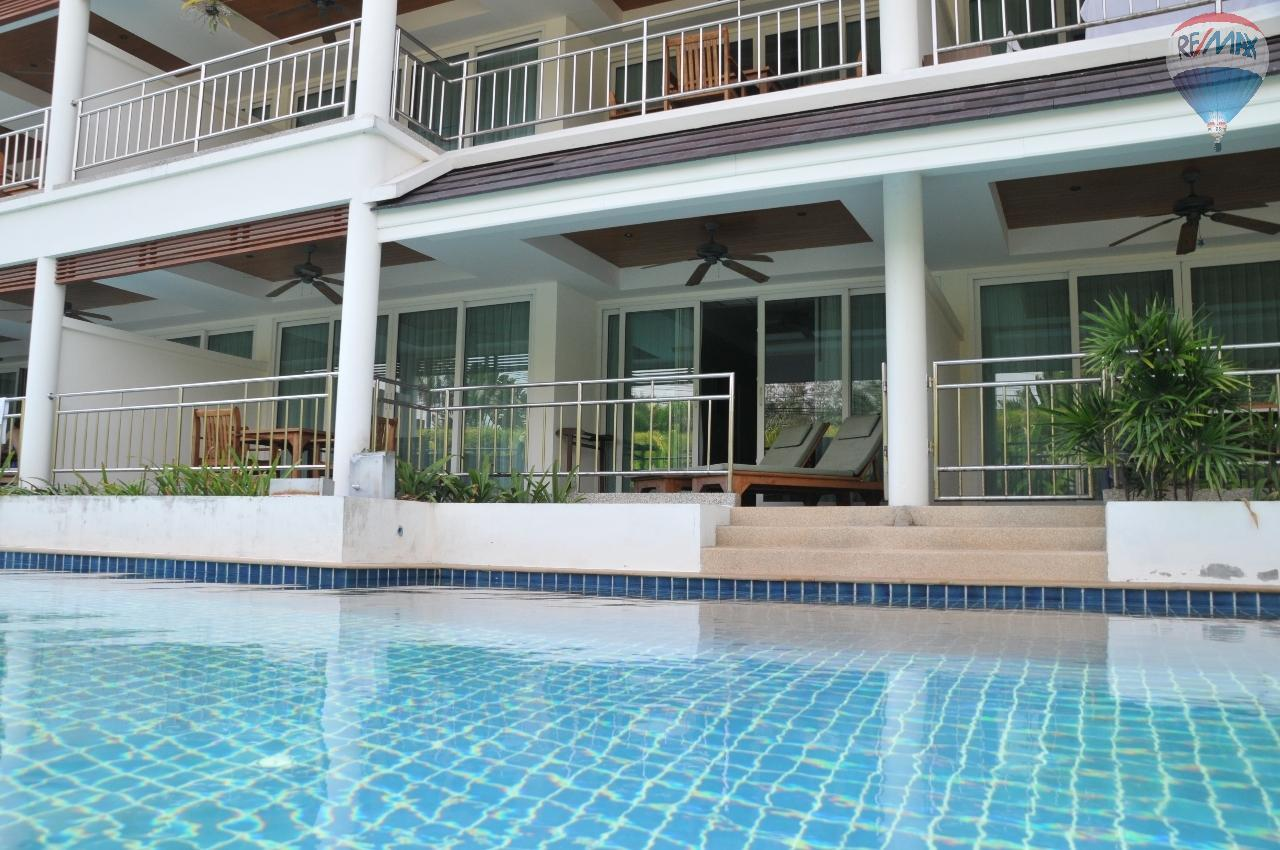 RE/MAX Top Properties Agency's Great 2 bedrooms condo with swimming pool access for sale 3