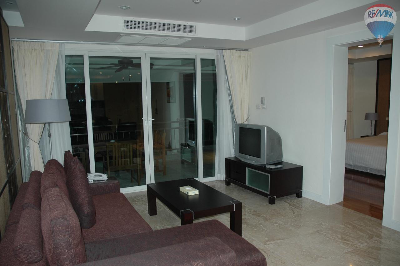 RE/MAX Top Properties Agency's Great 2 bedrooms condo with swimming pool access for sale 44
