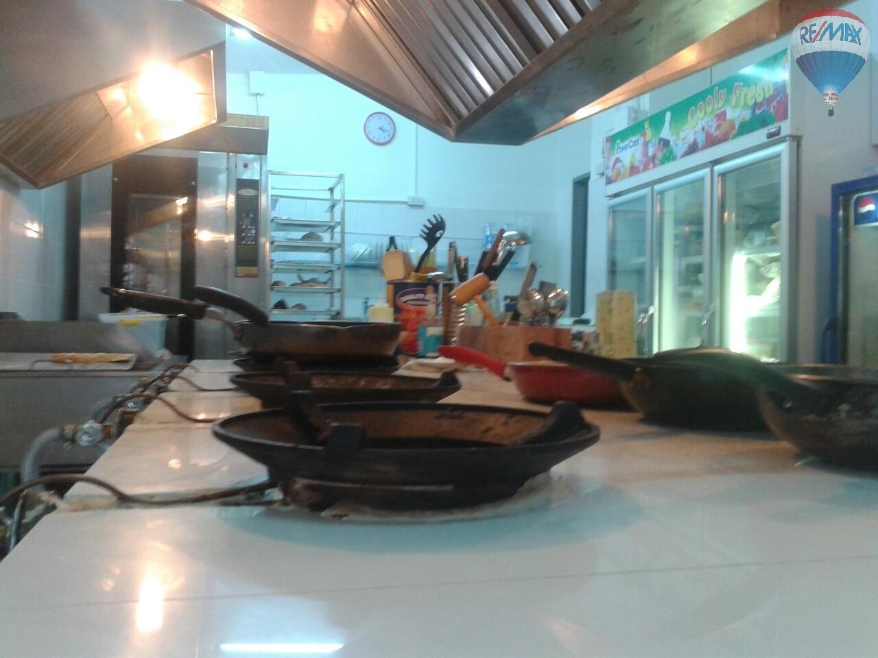 RE/MAX Top Properties Agency's Patong Close The Beach Italian Restaurant/Pizzeria For Sale 20