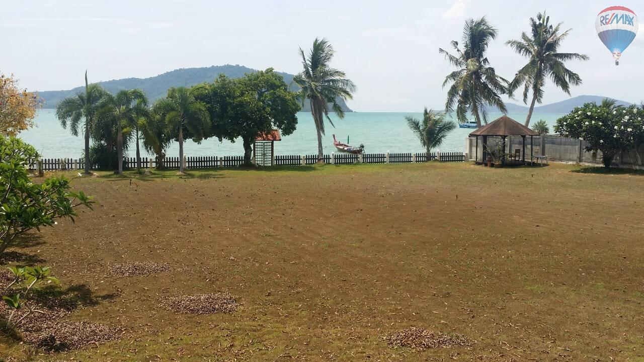 RE/MAX Top Properties Agency's Land For Sale Chalong Beach Front 3