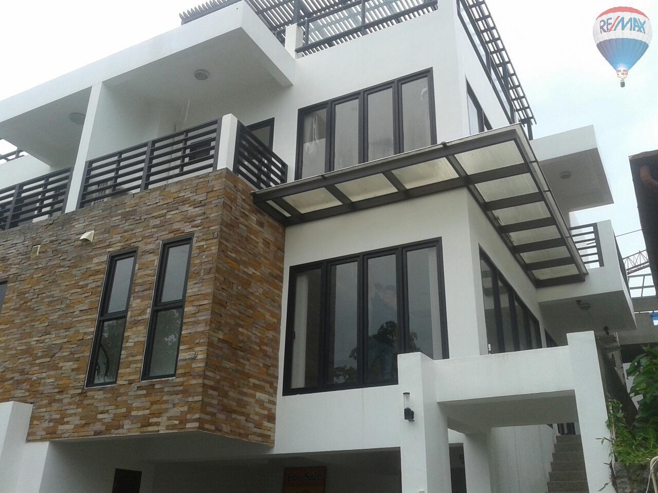 RE/MAX Top Properties Agency's Patong Great Villa For Sale 1