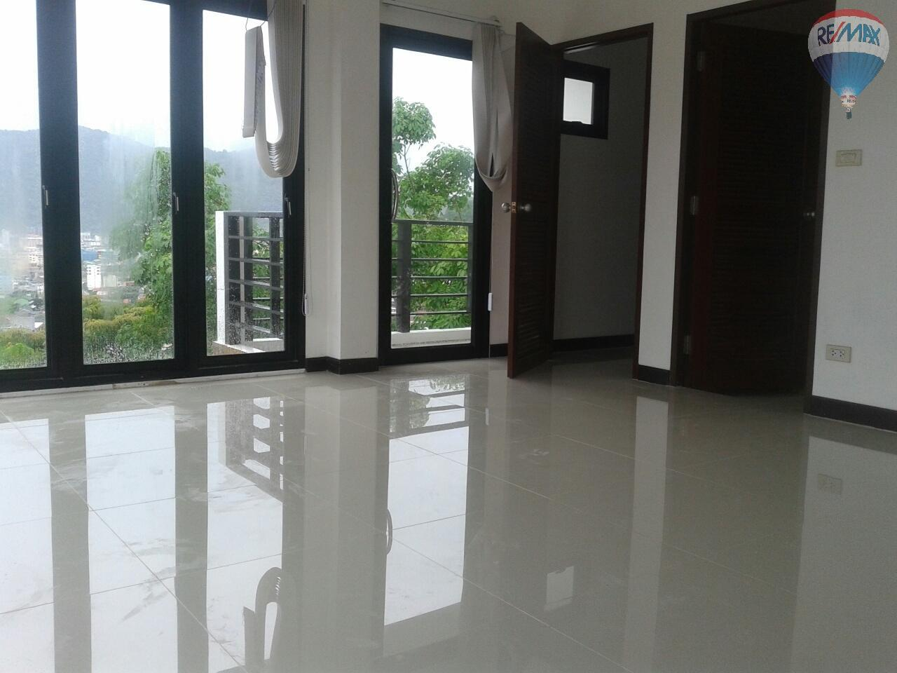 RE/MAX Top Properties Agency's Patong Great Villa For Sale 14