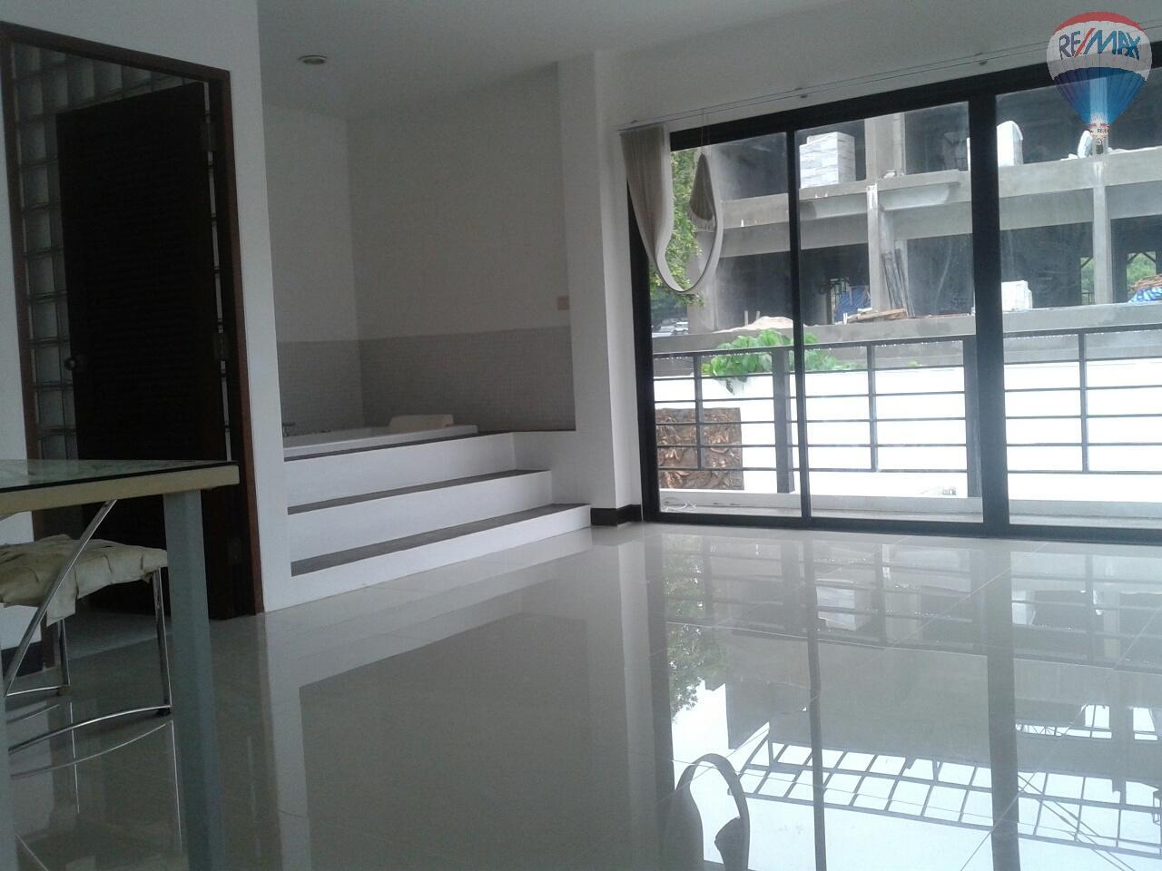 RE/MAX Top Properties Agency's Patong Great Villa For Sale 17