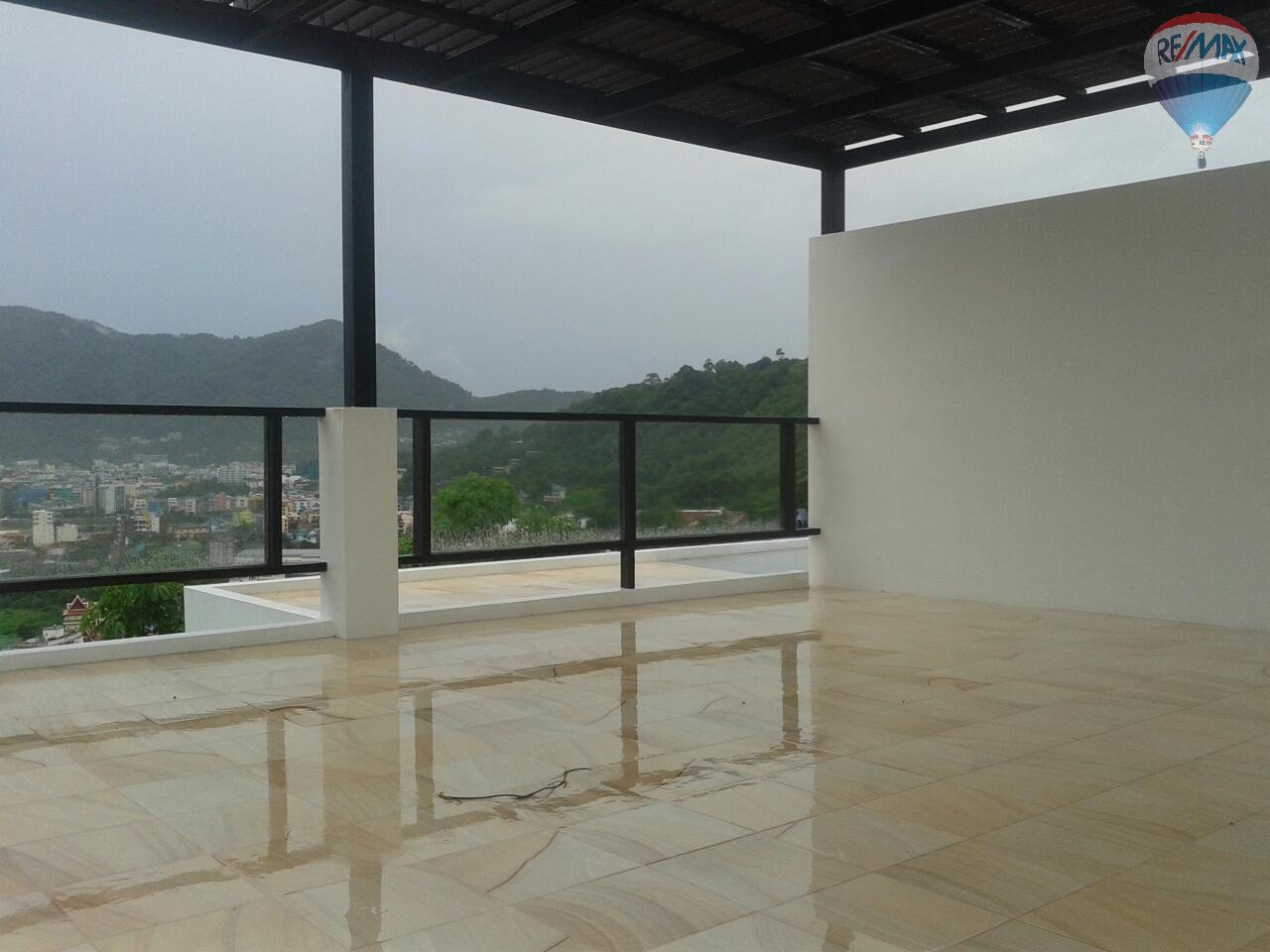 RE/MAX Top Properties Agency's Patong Great Villa For Sale 9