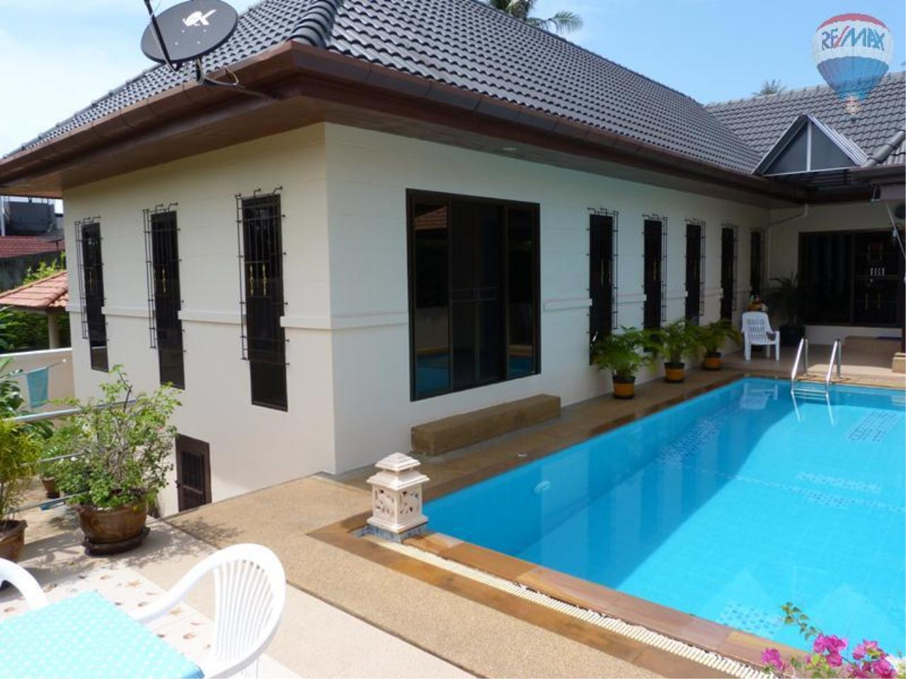 RE/MAX Top Properties Agency's 3 Bedrooms Pool villa For Sale Rawai Beach 1