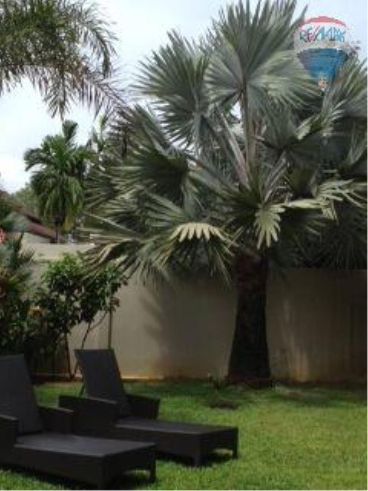 RE/MAX Top Properties Agency's Botanica Villa A5 Rent 16