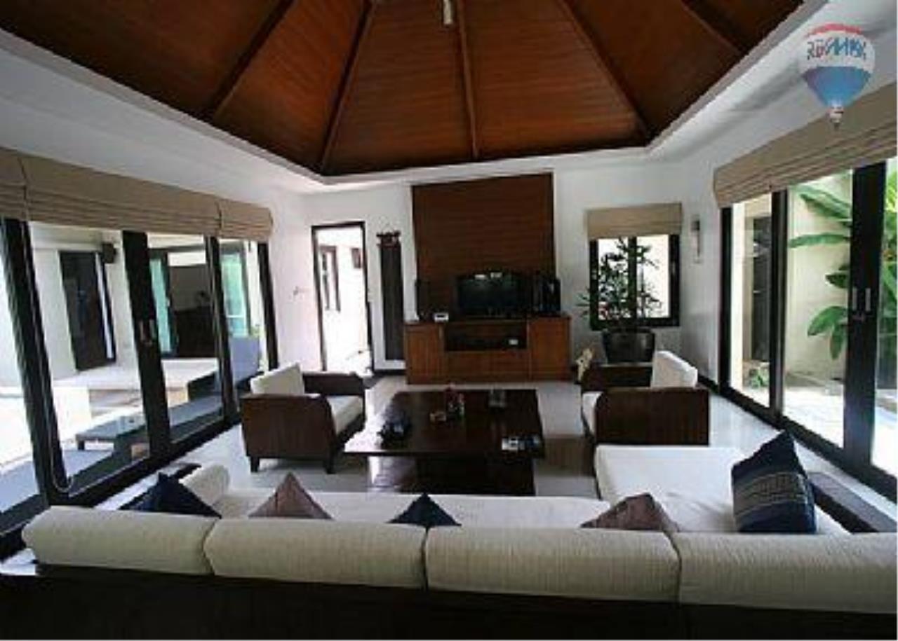 RE/MAX Top Properties Agency's Botanica Villa A5 Rent 27